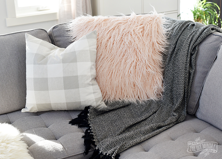 How To Sew A Faux Fur Pillow Cover My Tips For Sewing