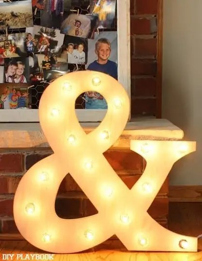 Ampersand-Marquee