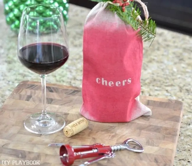 Wine-Bag-DIY-Cheers