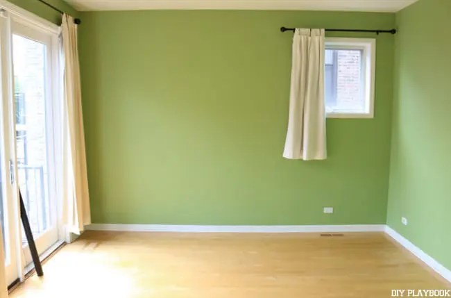 master-bedroom-green-augusta-before