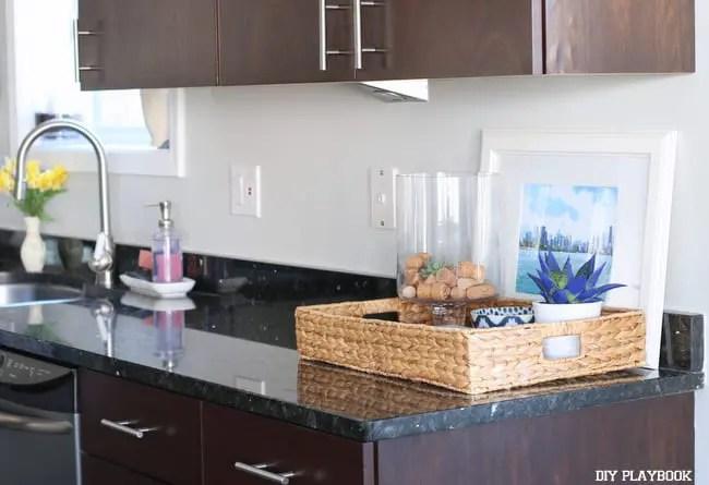 03-kitchen-augusta-no-backsplash-before
