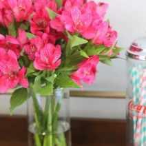 4-fresh-flowers-straws
