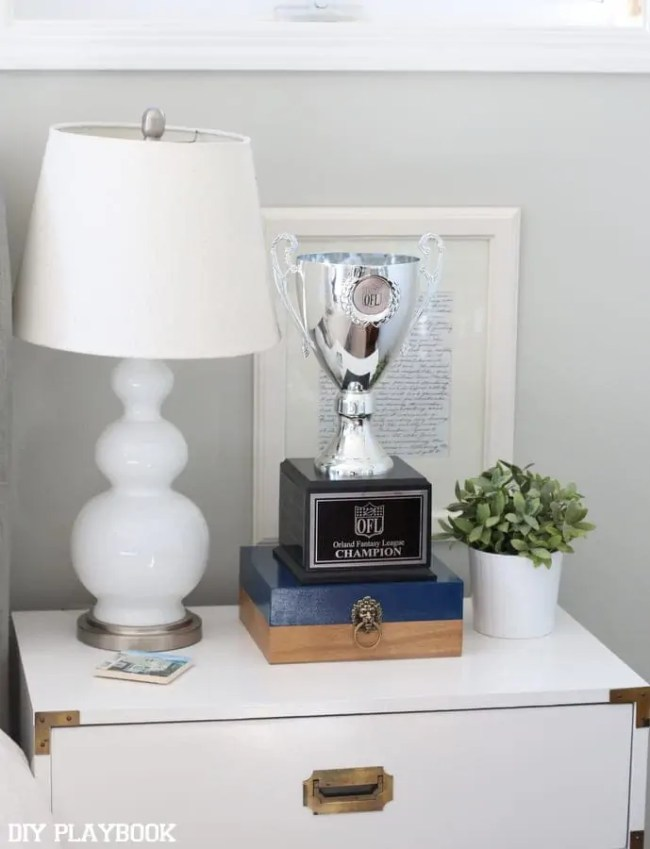 4-trophy-bedroom-nightstand