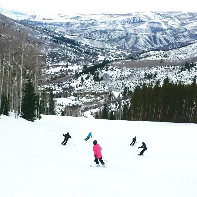 skiing-colorado-family