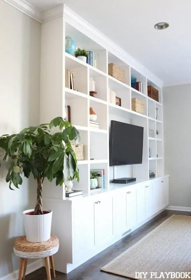 family-room-built-ins