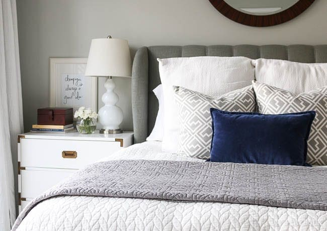 pillows-master-bedroom