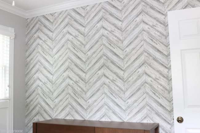 nursery_gallery_wall_minted_frames_wallpaper