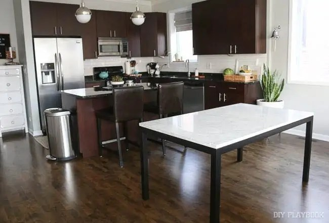 augusta-kitchen-dining-room-table