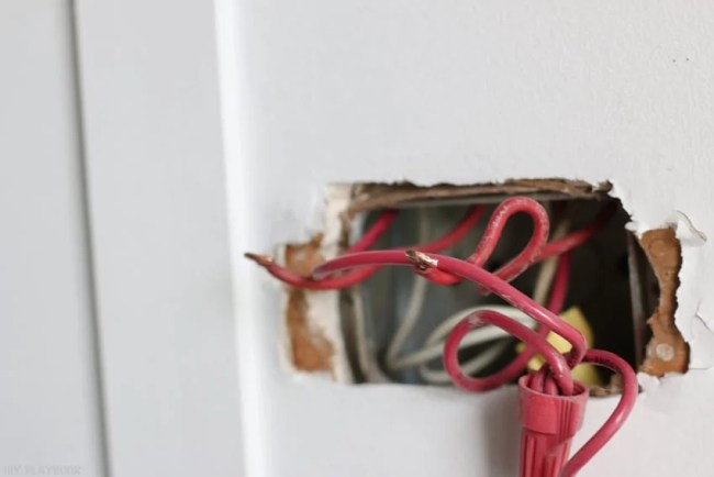 changing_electrical_light_switch-8