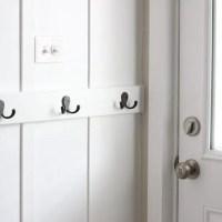 laundry_room_board_and_batten_hooks-10