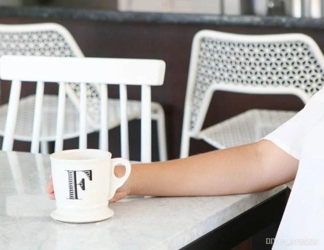 coffee-mug-table