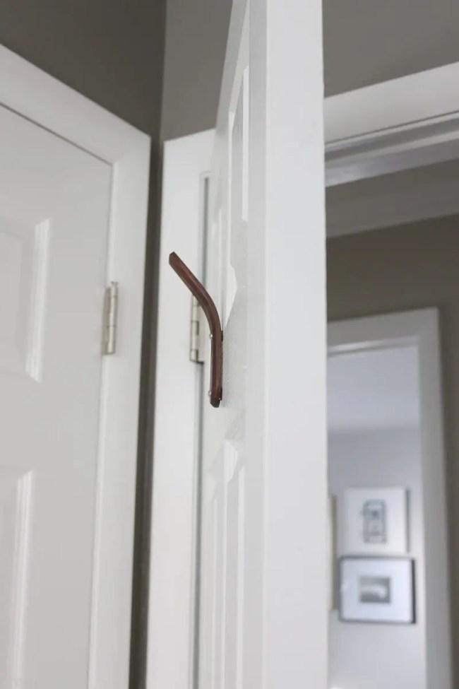 open-door-hook