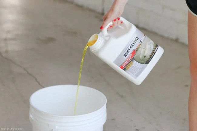 diy-garage-epoxy-rustoleum-etching-solution