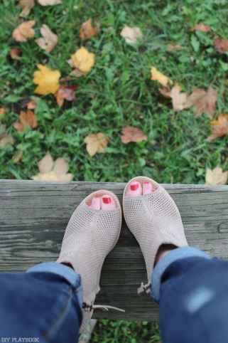 maison-jules-bridget-fall-sweater-toms-booties-6