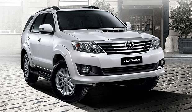 TOYOTA SEVERN SEATER FORTUNER