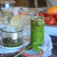 Homemade Pesto Recipe (and Weck Canning Jar GIVEAWAY!)