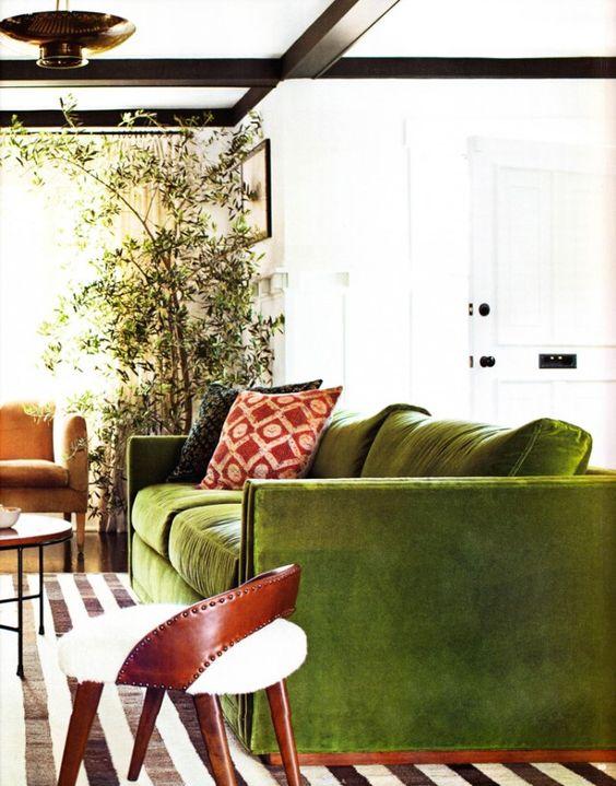 green sofa2