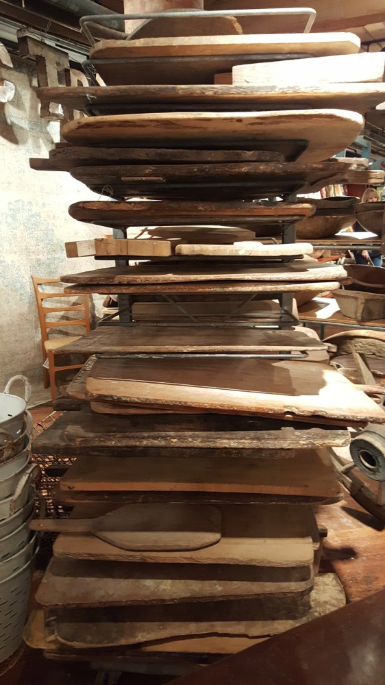 vintage-bread-boards