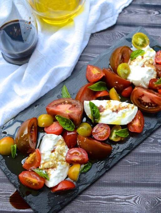 Impress anyone with this Simple Tomato & Burrata Salad | www ...