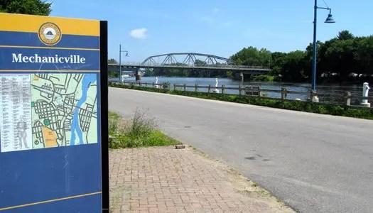 mechanicville_waterfront_bridge_sign-thumb-525x393-14462