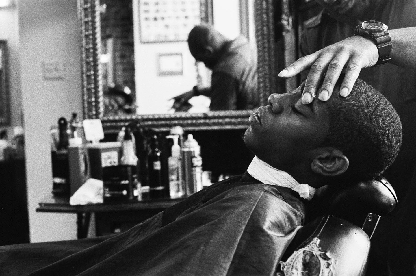 New York Fall Hd Wallpaper The Power And Politics Of The Black Barbershop The Fader