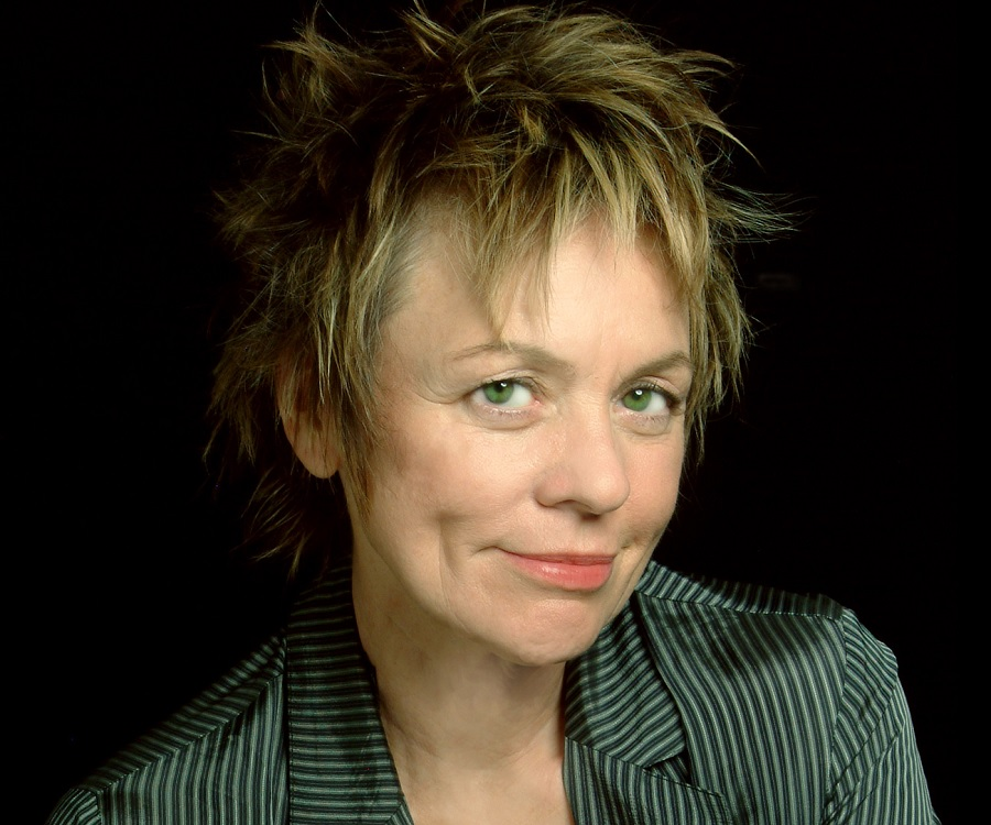 Laurie Anderson Laurie Anderson Biography - Childhood, Life Achievements