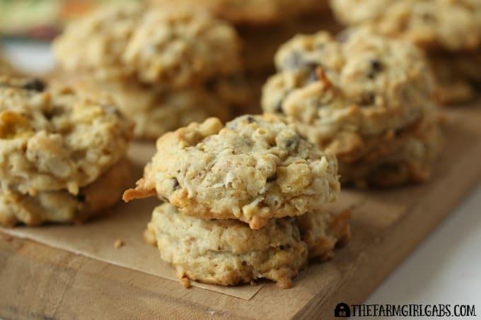 Coconut Oatmeal Crunch Cookies - The Farm Girl Gabs