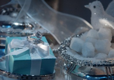 Michael Kowalski, who has led Tiffany since 1999, will retire in March