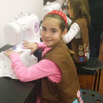 girl-scout-sewing-outing
