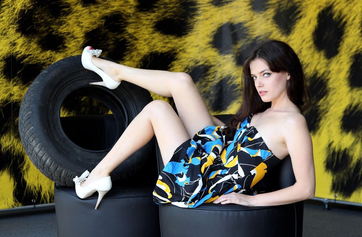 Eye Candy | Roxane Mesquida