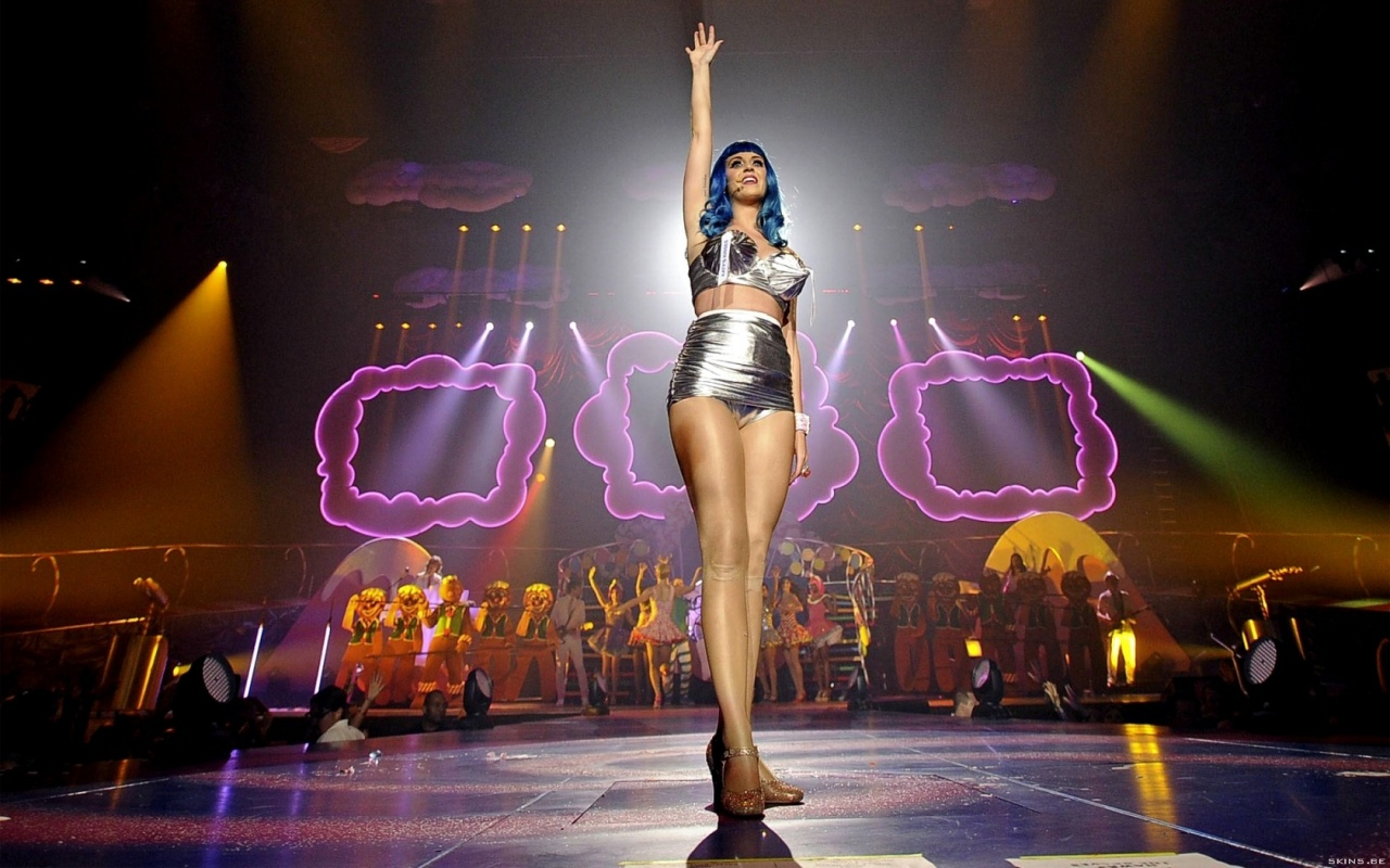 Fall Pc Wallpaper Katy Perry Looking To Make 3d Concert Movie With Paramount