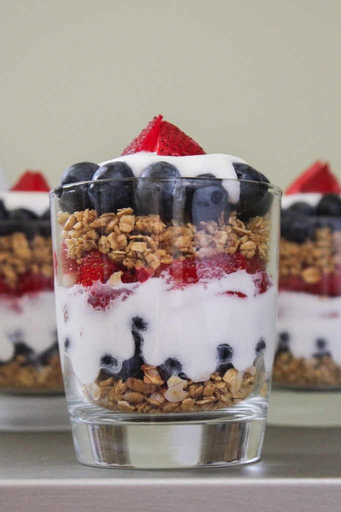 Red, White, and Blue Vegan Parfaits – The Fitchen