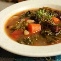 Crockpot Kale Vegetable Soup
