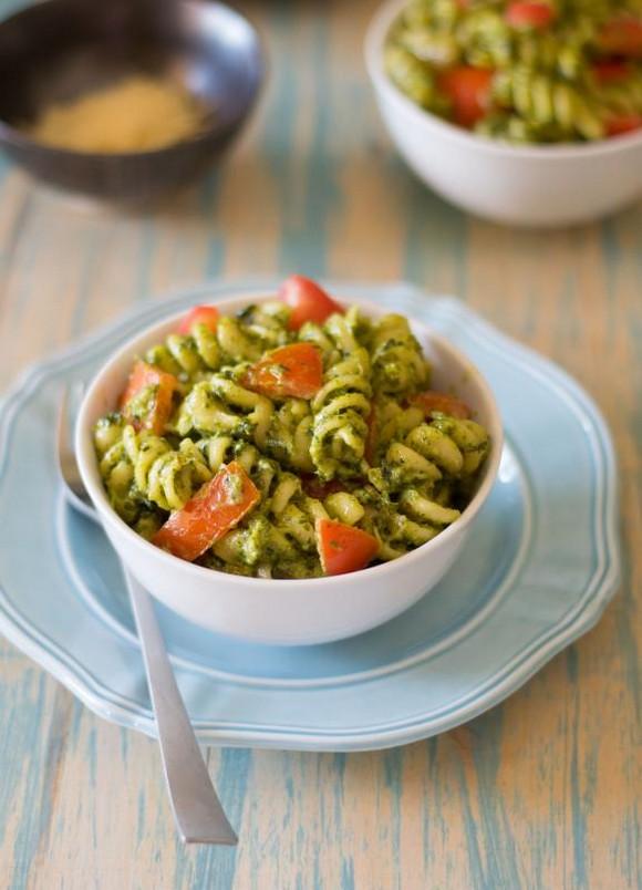 Creamy Kale Pesto Pasta recipe photo