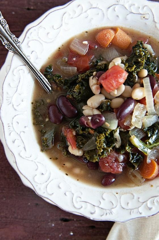 Healthy 2 Bean Kale Soup recipe photo