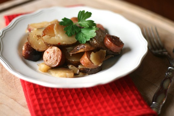 Slow Cooker Zesty Potatoes and Sausage with Vinaigrette Dressing recipe photo