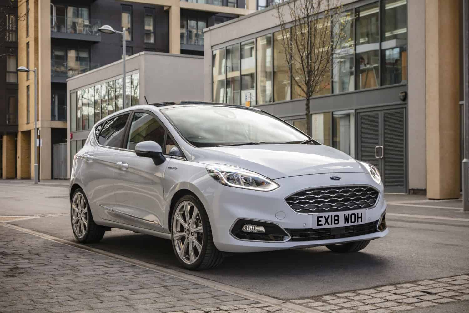 Uk New Car Sales Petrol Car Sales Soar By Almost A Quarter As New Car