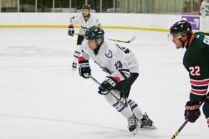 web_spo_mens_hockey_cred-remi_yuan