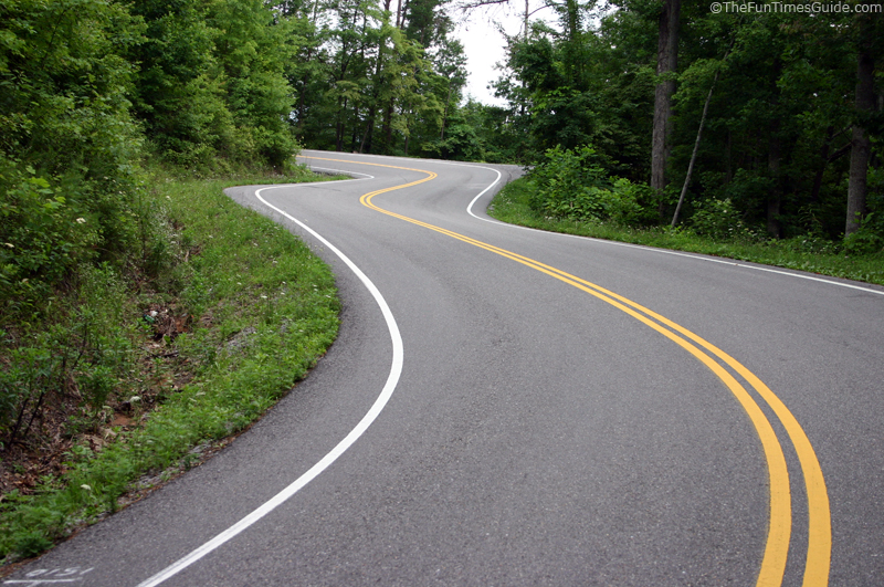 Car Curvy Road Wallpaper Tail Of The Dragon What This Deadly Stretch Of Road Is