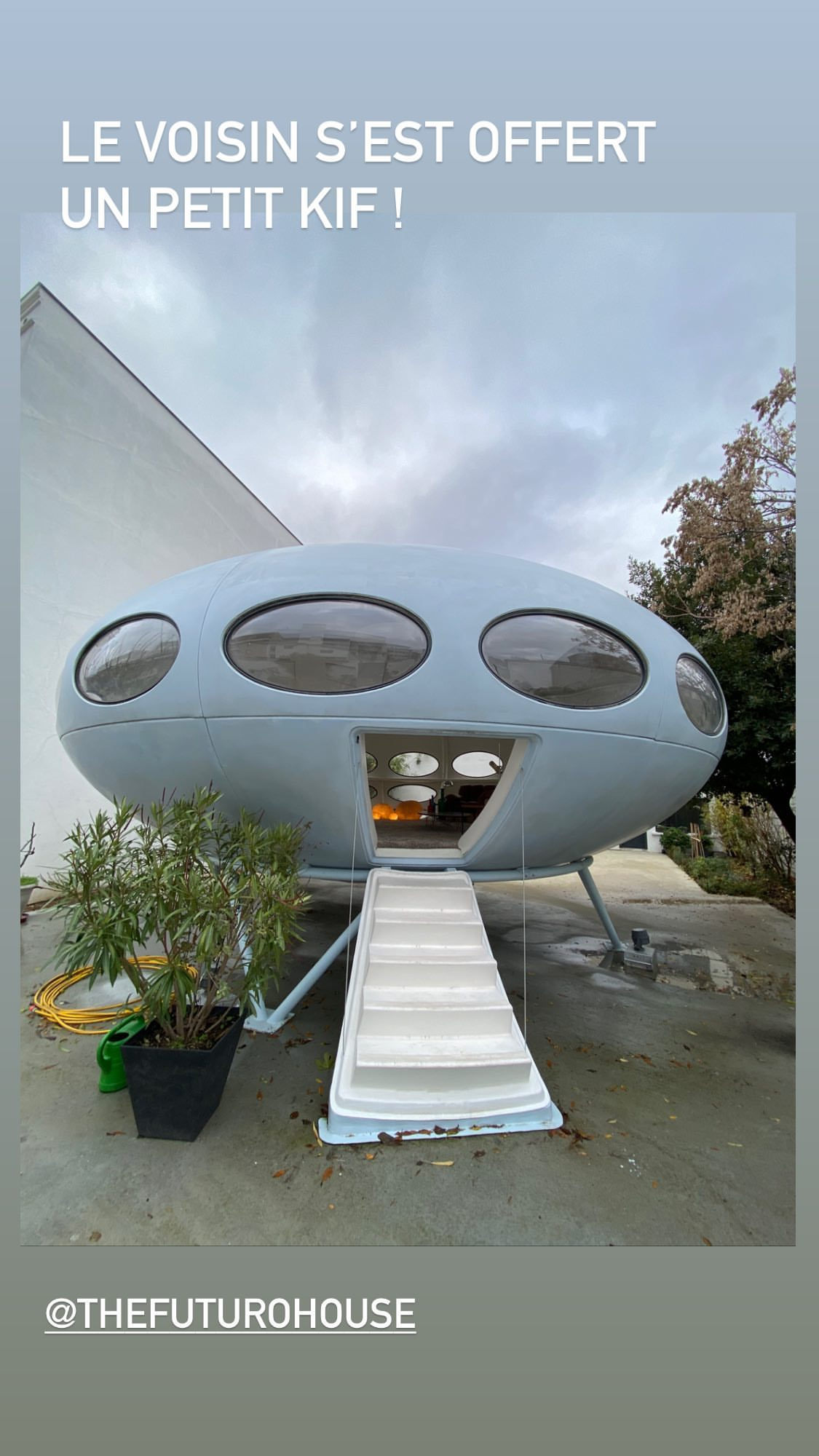 The Futuro House Paris Suburbs France Information Photographs History Maps