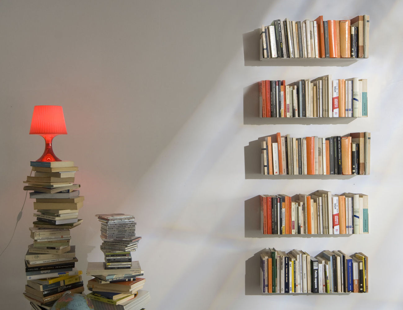 Wall Book Racks Judd Wall Shelves By Teebooks Keep Your Books Suspended