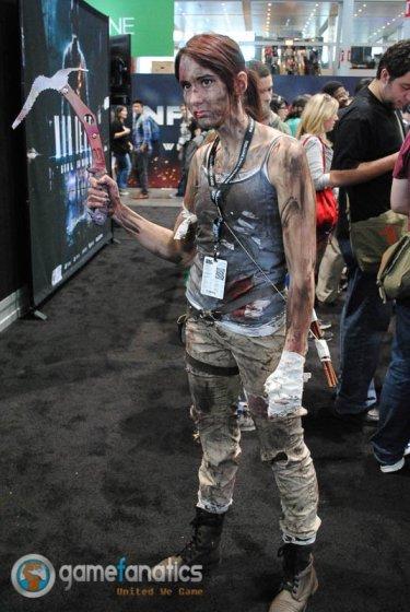 PAX East 2014 - Lara Croft Tomb Raider Cosplay (1)
