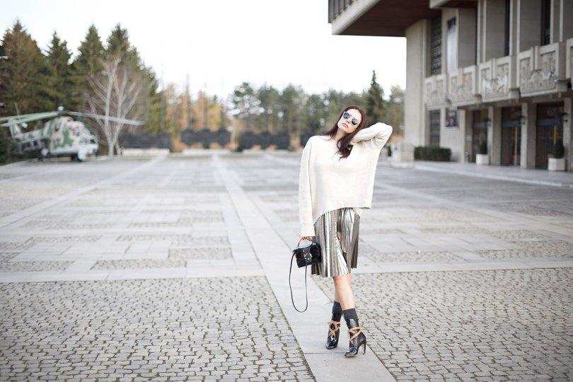 The_Garage_Starlets_Katia_Peneva_Popov_Zara_H&M_Paula_Cademartori_Christian_Dior_Louis_Vuitton_Streetstyle_03
