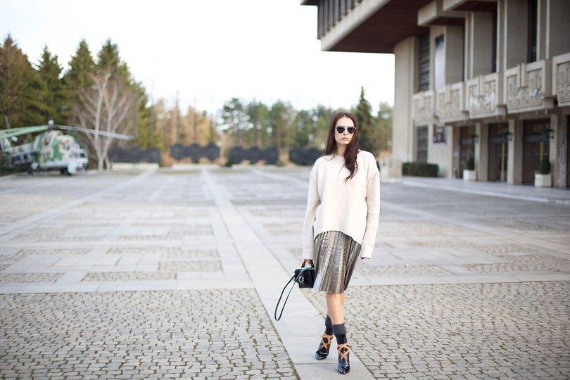 The_Garage_Starlets_Katia_Peneva_Popov_Zara_H&M_Paula_Cademartori_Christian_Dior_Louis_Vuitton_Streetstyle_08