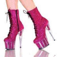 MISS RAQUEL :: Cops & Pink High Heels