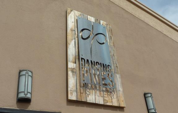 dancing-pines-distillery-outside