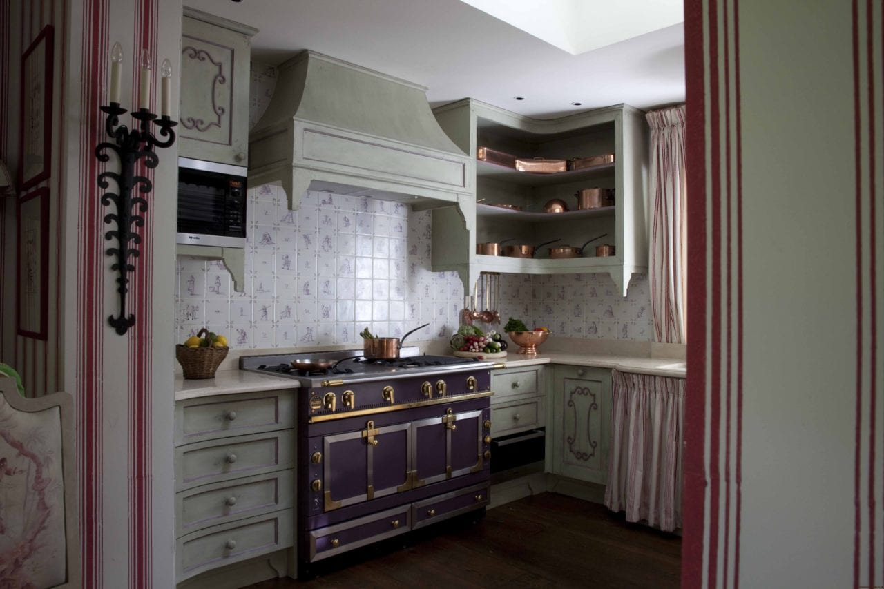 La Cornue English Kitchen Tile Backsplash The Glam Pad