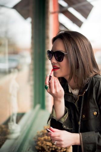 lara ramos sunglasses lip gloss