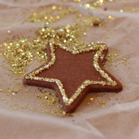 Cinnamon & Glitter : Making Christmas Ornaments