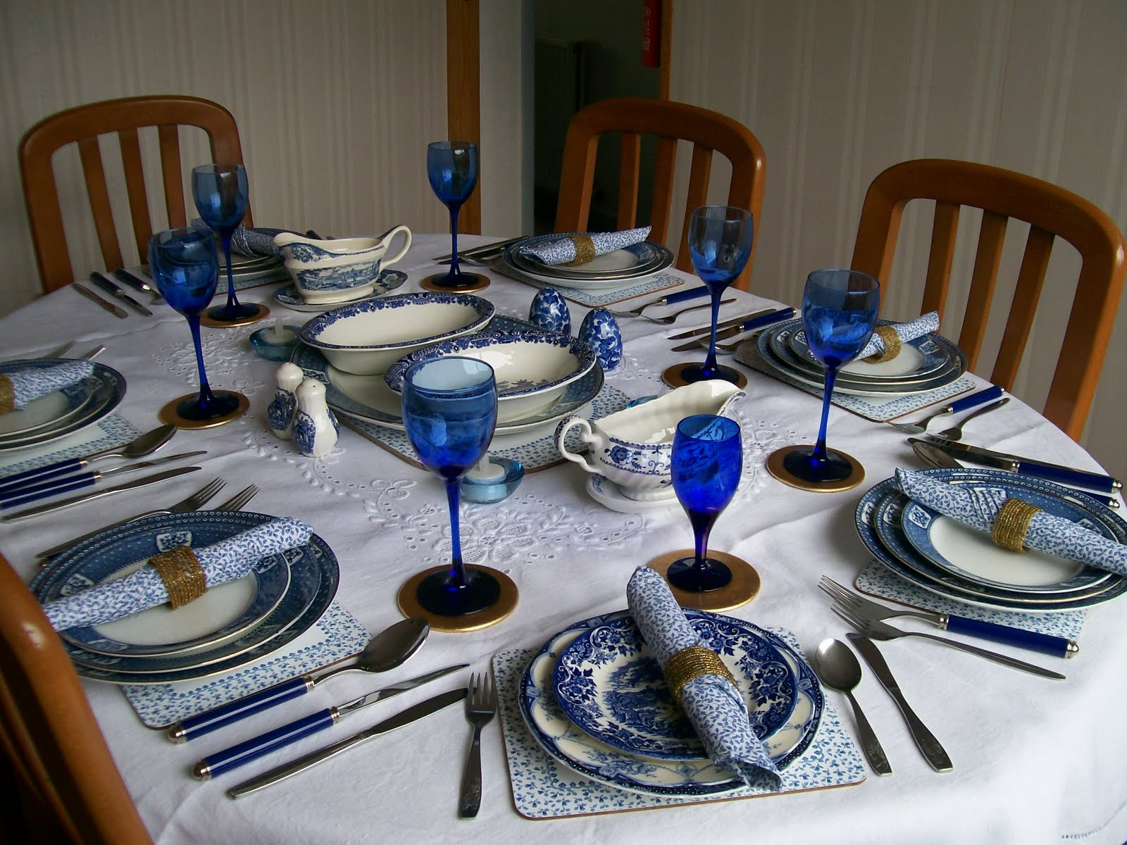 Dining Table Set Up Ideas Thank You For Inviting Us To Dinner Please Be Aware Of